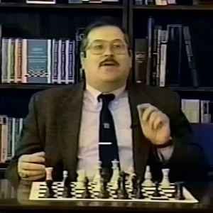 How to Analyze a Chess Position - IM Danny Kopec
